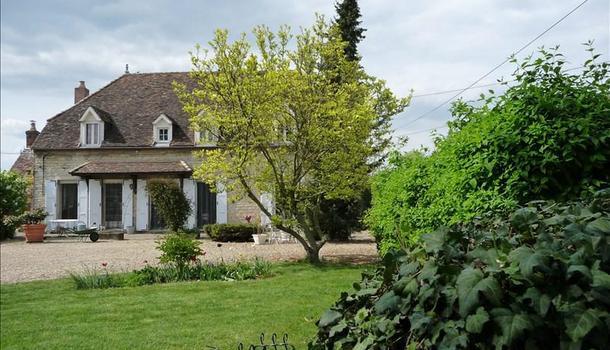 Brazey-en-Plaine Propriété 7 pièces 219 m²