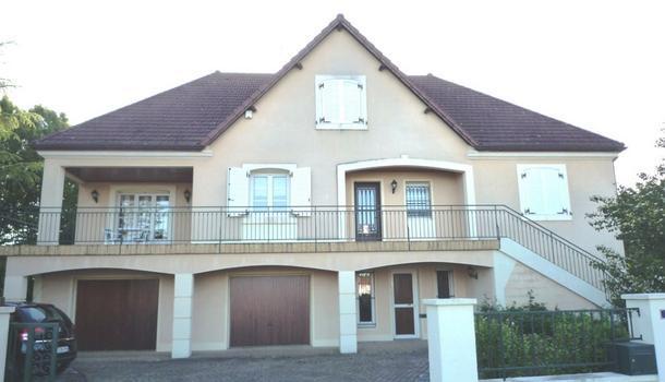 Verdun-sur-le-Doubs Maison 8 pièces 240 m²