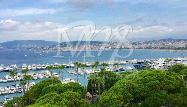 Cannes Appartement 3 pièces 174 m²