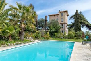 Villa / Maison 10 pièces  à vendre Nice 06200