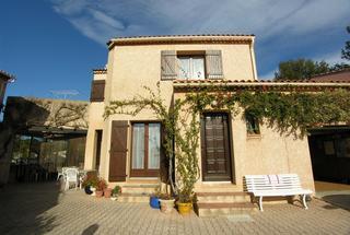 Villa / Maison 4 pièces  à vendre Londe-les-Maures (La) 83250