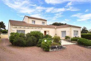 Villa / Maison 6 pièces  à vendre Vaux-sur-Mer 17640