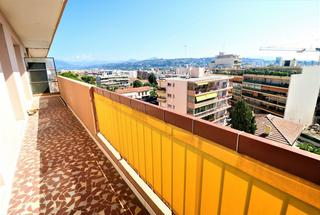 Appartement 2 pièces  à vendre Saint-Laurent-du-Var 06700
