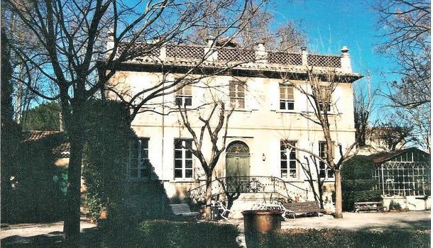 Avignon Maison 9 pièces 232 m²