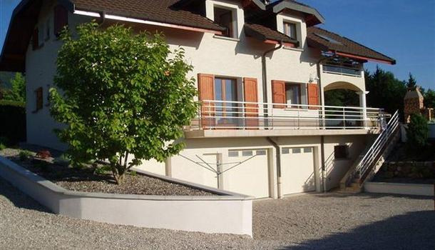 Quintal Maison 8 pièces 176 m²