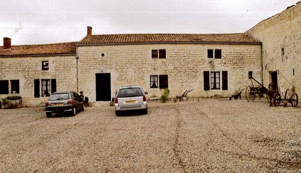 Rochefort Maison 10 pièces 218 m²